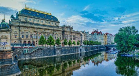 Odwiedzamy wirtualnie galerie, muzea i teatry
