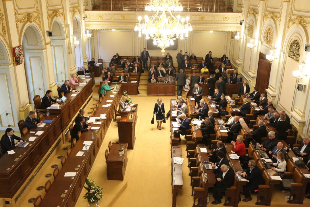 Czechy znoszą lockdown