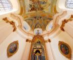 Turyści mogą zwiedzać barokowe kościoły broumovskie