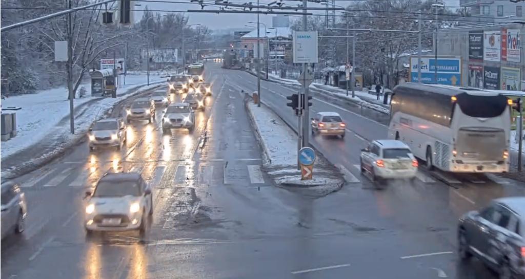 śnieg zasypał Brno