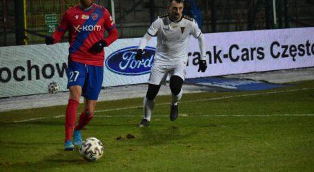 Czescy piłkarze Rakowa grali przeciwko rodakowi z Legii