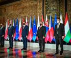 Premierzy krajów V4 rozmawiali w Krakowie o walce z COVID-19 i wzajemnej współpracy