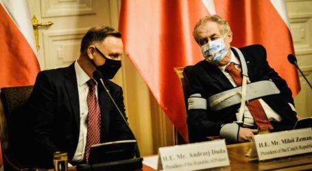 EURACTIV.pl: Czechy i Polska wezmą udział w szczycie przywódców państw regionu i Chin